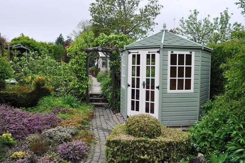 Woodturning news garden news - Garden summer house designs ...